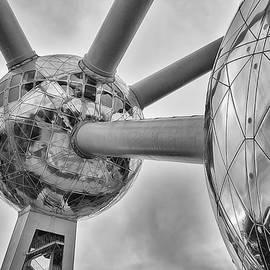 Youshij Yousefzadeh - The Atomium