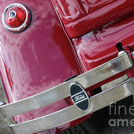 Gary Gingrich Galleries - 1930 Red Ford Model A-Tail Light-8905