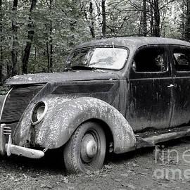 1937 Ford at Al Capone