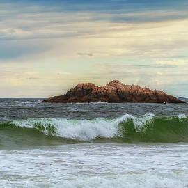 Lilia D - Atlantic waves