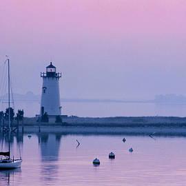 Bob Pizaro - Edgartown Lighthouse