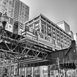 Elevated train track The Loop in Chicago, IL by Patricia Hofmeester