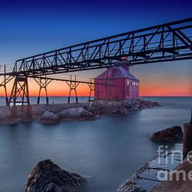 Randy Kostichka - Sturgeon Bay Lighthouse