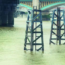 Martin Newman - The Thames