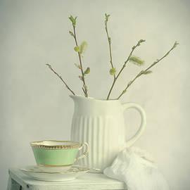 Spring Still Life - Amanda Elwell