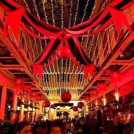 Panos Pliassas - 4005- Christmas Red Night