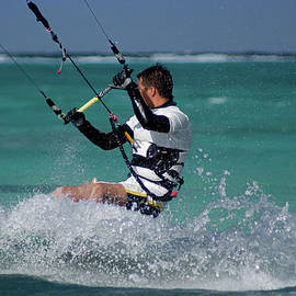 Anthony Totah - Kite surfing in Grand Cayman