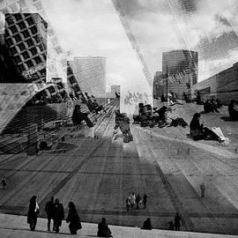 Paris La Defence. by Cyril Jayant