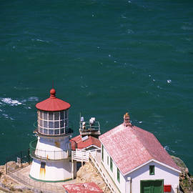 Soli Deo Gloria Wilderness And Wildlife Photography - Point Reyes Lighthouse