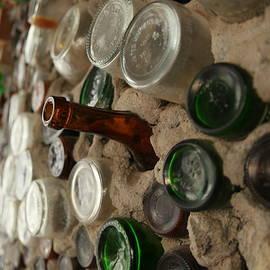 Jeff Swan - A bottle in the wall