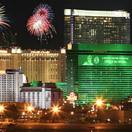 Derrick Neill - A Holiday Celebration in Las Vegas