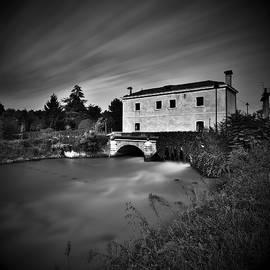 Gianluigi Bonfiglio - A little house over the bridge