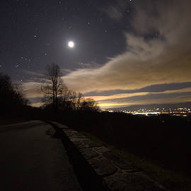 Shannon Louder - A night on Skyline Drive