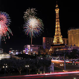 Derrick Neill - A NYE Celebration at Bellagio and Las Vegas Blvd