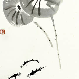 Qi Baishi - A small fish in a lotus pond