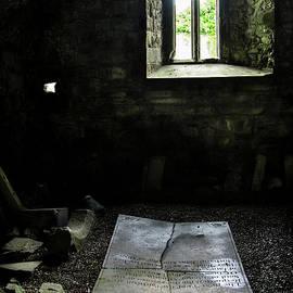 A tombstone in Sligo Abbey by RicardMN Photography
