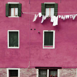 Brooke T Ryan - A Venetian View in Deep Pink with Laundry