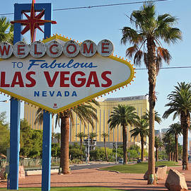 A Welcome to Fabulous Las Vegas, Nevada by Derrick Neill