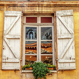 W Chris Fooshee - A Window in Toulouse