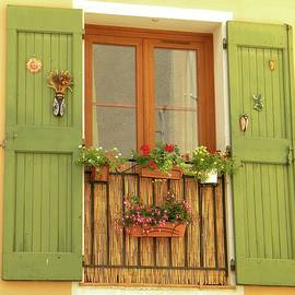A window to...Provence by Manuela Constantin