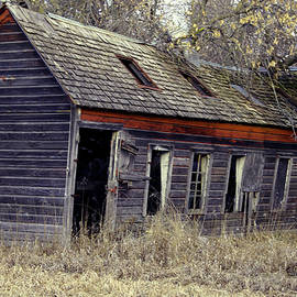 Abandoned Farm House Off Dirt Road In Iowa by Amelia Painter