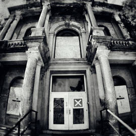 Mark Miller - Abandoned Psychiatric Hospital