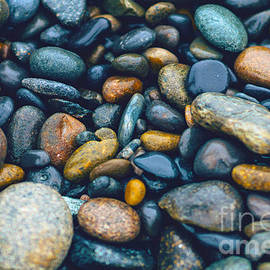 Ricardos Creations - Abstract Nature Tropical Beach Pebbles 923 Blue