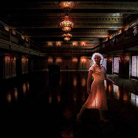 Across the dance floor she sees me by Jeff Burgess
