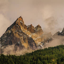 Aiguilles de Chamonix - French Alps by Paul MAURICE