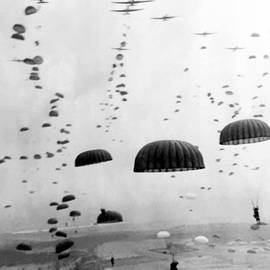 Airborne Mission During WW2  by War Is Hell Store