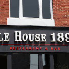 Jeff Roney - Ale House