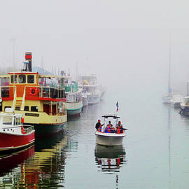Mike Breau - Along the Docks of The Atlantic