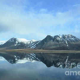DejaVu Designs - Amazing View of Reflecting Rhyolite Mountains in Iceland