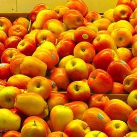 Sonali Gangane - An Apple a Day..
