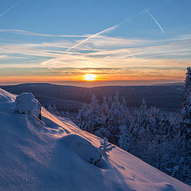 an evening on the Achtermann, Harz by Andreas Levi