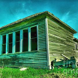 An old Dakota Schoolhouse by Jeff Swan