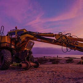 An Old Digger in Del Mar, San Diego by McClean Photography