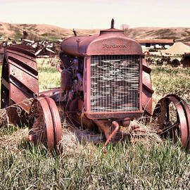 An old Fordson tractor by Jeff Swan