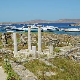 Yuri Hope - Ancient ruins and a pier for tourist boats