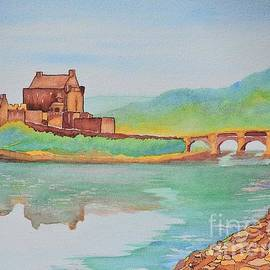 Lise PICHE - Ancient Scottish Castle with a Modern Look