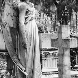 Steven Bateson - Angel With Cross Of Bonaventure Cemetery