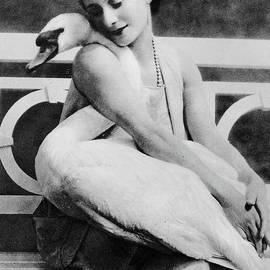 Anna Pavlova with her pet swan Jack, 1905 - English School