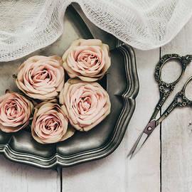 Kim Hojnacki - Antiqued Roses
