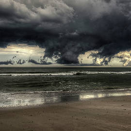 Mike Deutsch - Apocalyptic Clouds Over The Atlantic