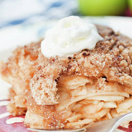 Apple Crumble by Jean Gill