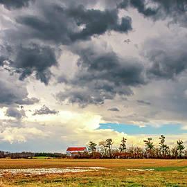 Approaching Spring Thunderstorm 2 by Steve Harrington