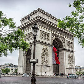 Liesl Walsh - Arc de Triomphe in Paris at Place Charles de Gaulle