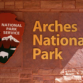 Thomas Woolworth - Arches National Park Signage 01