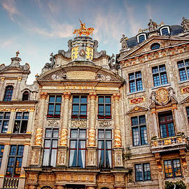 Carol Japp - Architecture of The Grand Place Brussels