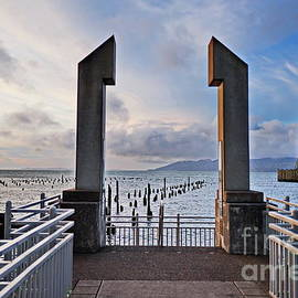 Northwest Photography and Art - Astoria Maritime Memorial and Bridge